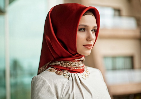 A Turkish hijab.